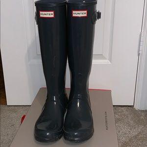 Tall gloss gray Hunter boots